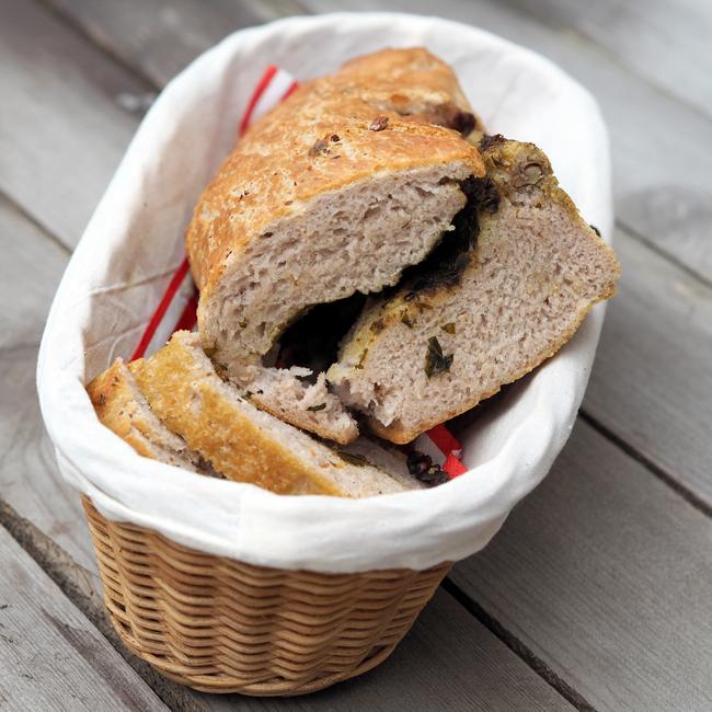 Velikonoční chleba skopřivami