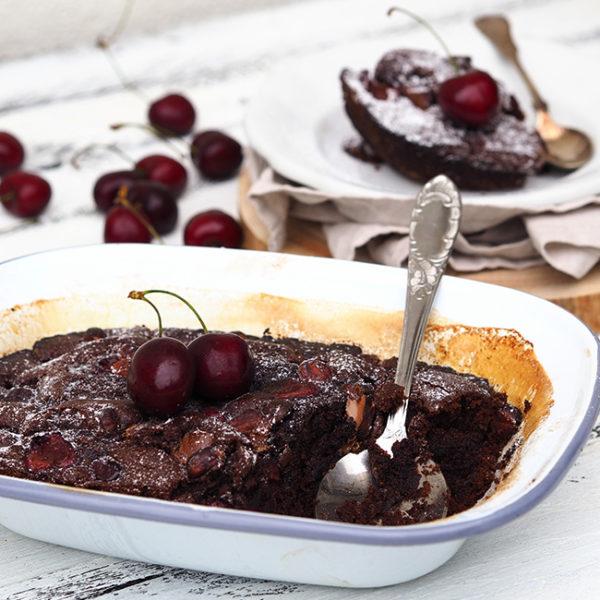 Višňový čoko dort