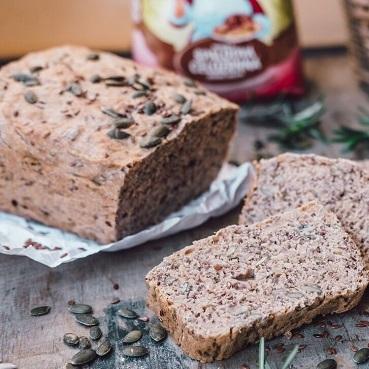 Semínkový chléb že špaldové mouky