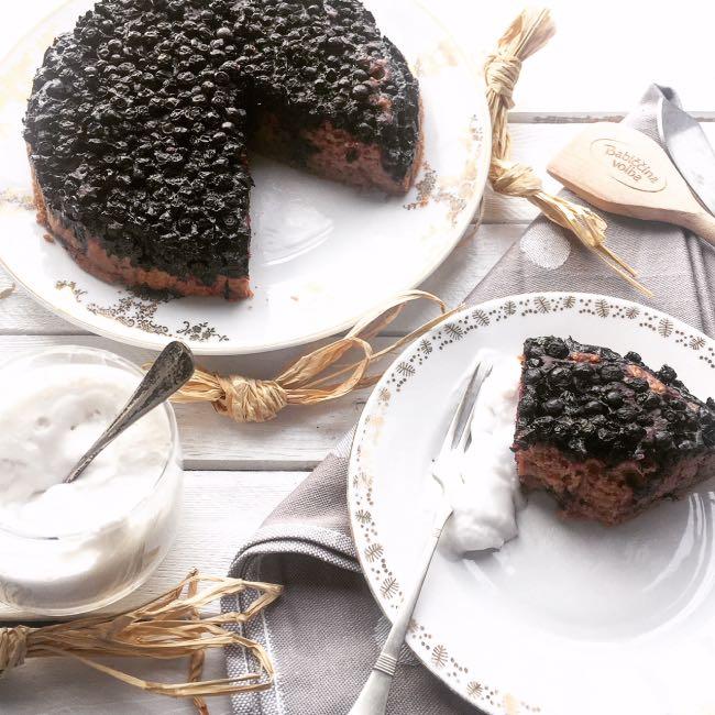 Čokoládový vegan dort sborůvkami