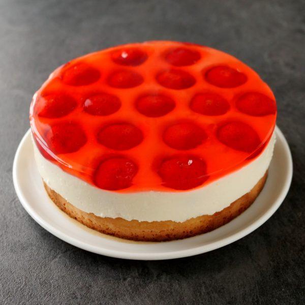 Jahodový želé dort stvarohem