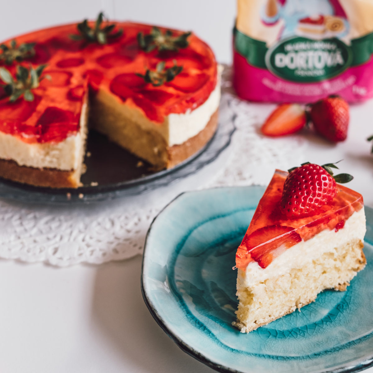 Jahodový dort sželatinou