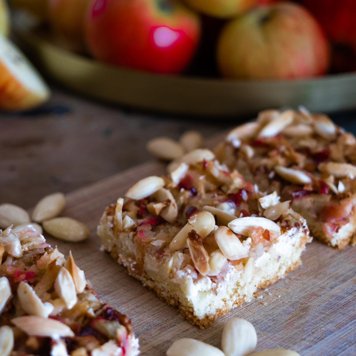 Jablečný koláč stvarohem