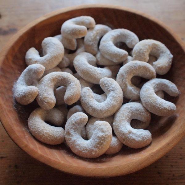 Vanilkové rohlíčky svlašskými ořechy