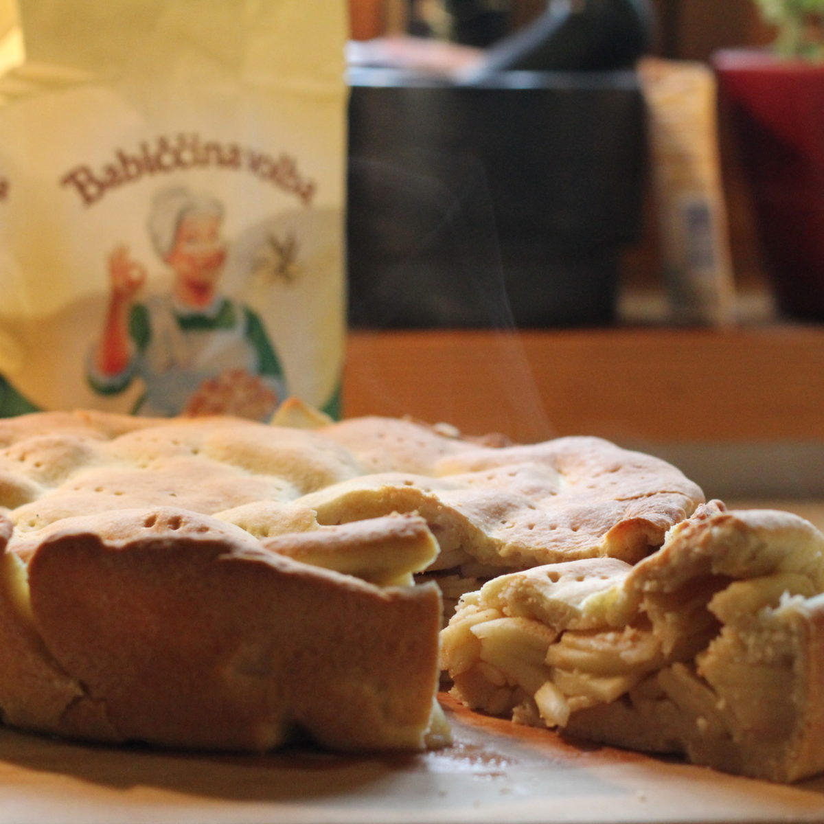 Linecký jablečný koláč zremosky