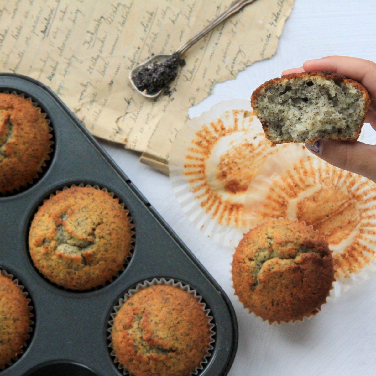 Makovocitronové muffiny